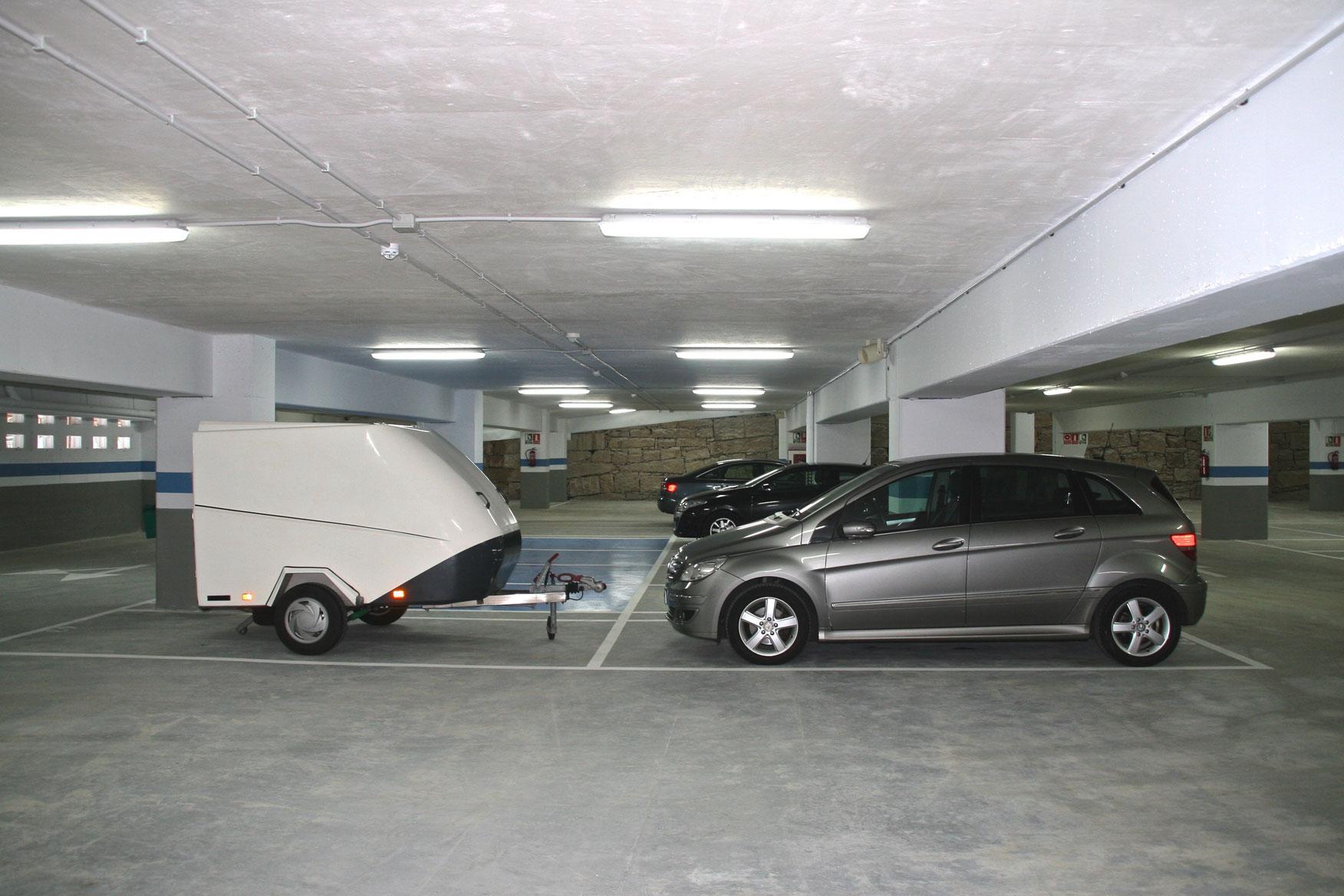 Plaza de garaje abierta Espaciogeo
