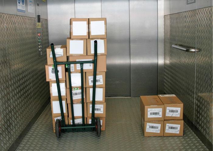 Servicios para almacenes. Montacargas. Espaciogeo Vigo