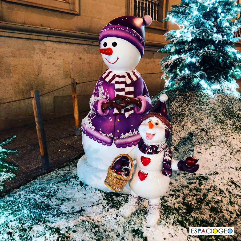 Muñecos de Nieve en Calle Eduardo Iglesias Vigo