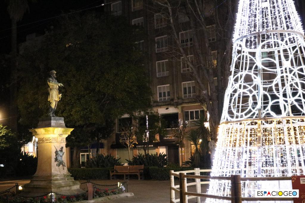 Árbol de Navidad en Plaza de Compostela en Vigo