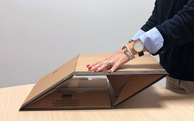 Caja de cartón para envíos mediana desmontable