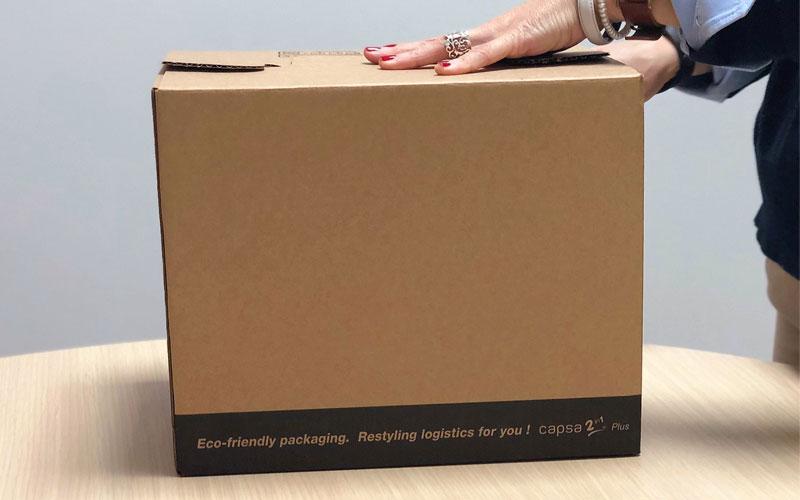 Caja de cartón para envíos mediana