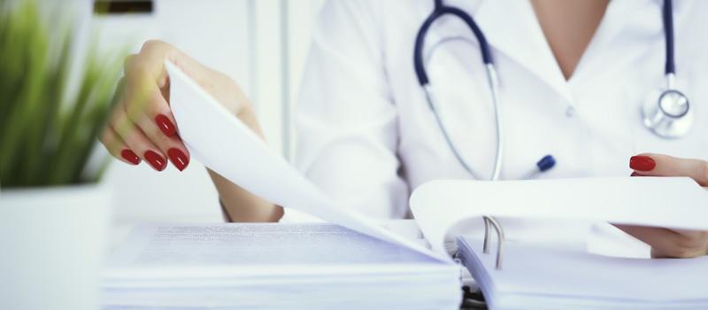 Obligacion de Guardar Documentación para Médicos y Clínicas